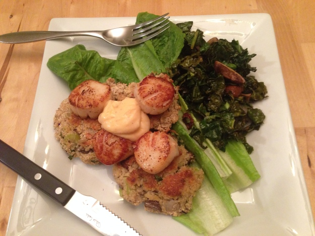 Serve a couple of quinoa patties topped with scallops & spicy garlic mayo on a bed of vegetables. So good!